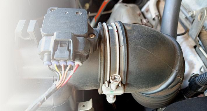 Mercedes Mass Airflow Sensor Inspection